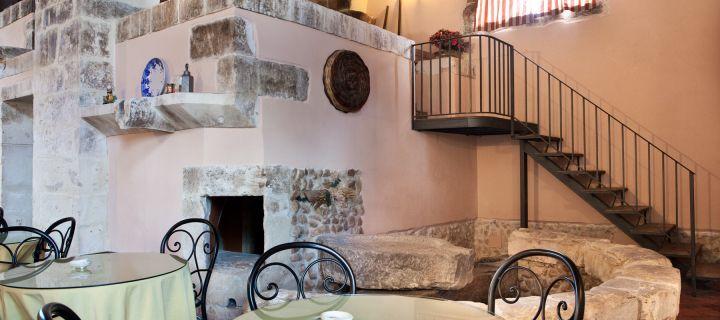 Ville masserie e case da abitare in sicilia acquisto for Interni ville antiche